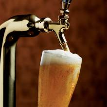 drink242-beer-tap-shot-lightened